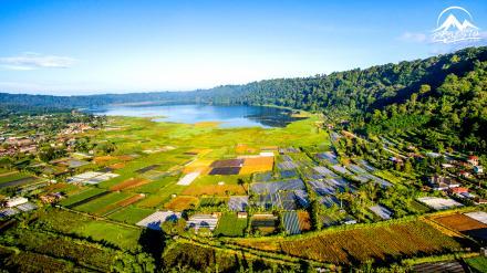 View Indahnya Danau Buyan Dari Udara